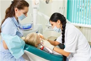 Стоматологическое лечение детей