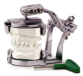 Зуботехнический артикулятор