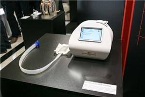 Раны заживают в три раза быстрее – на выставке «Биотехмед» представлен уникальный вакуумный прибор
